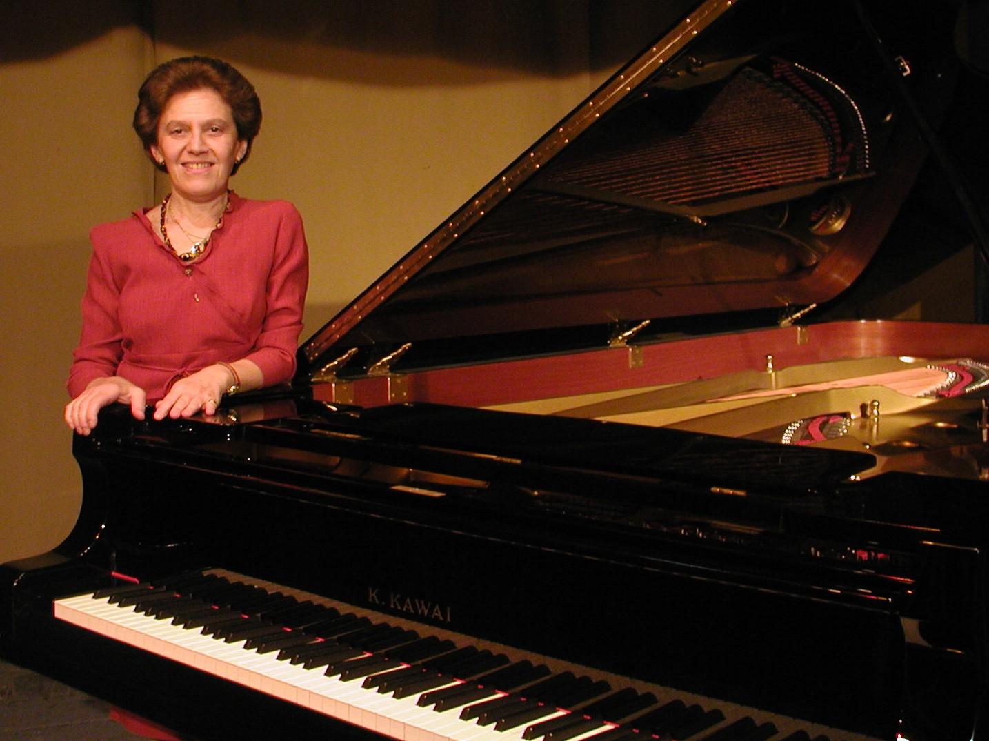 Prof Delia steinberg